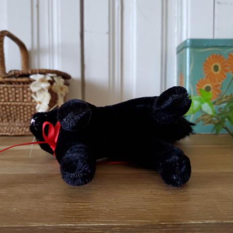 グリスリー社のほんわか黒猫ちゃん