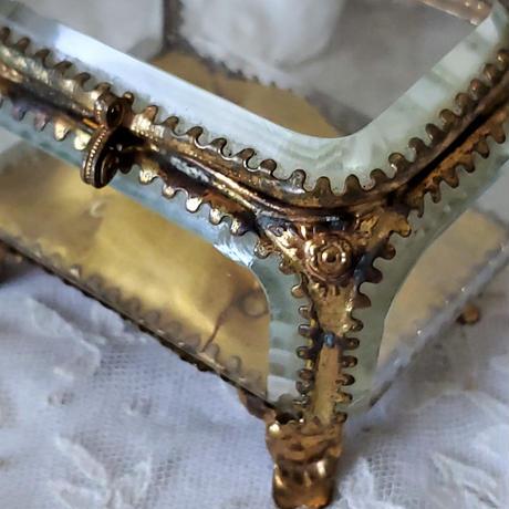 面取りガラスのジュエリーケース#2