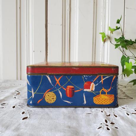 赤ずきんちゃんのtin缶