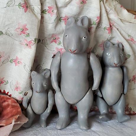 ネズミちゃん親子のビスクドール