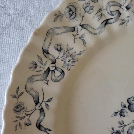 ロンシャン お花とリボンのガーランドプレート