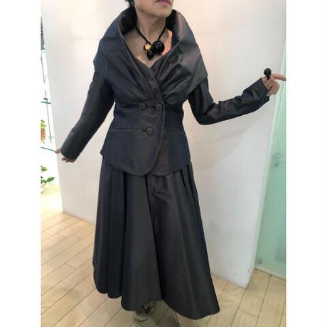 秋の一押し!ヘップバーンジャケット&スカートスーツ(スカート)