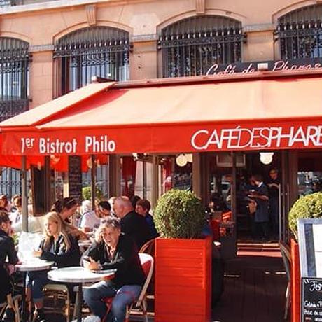 パリのカフェがよく似合う・・・休日ヘップバーンワンピース