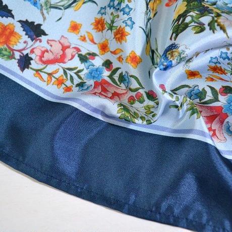 CLASSIC FLOWER SCARF SHIRT  (LIGHT BLUE)
