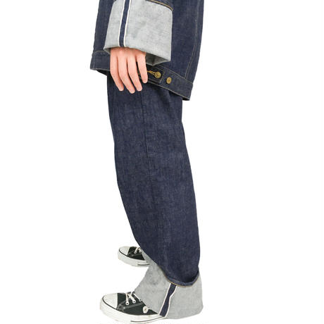 RED SELVAGE JEANS   (INDIGO)
