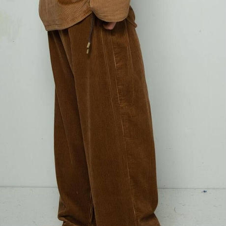 CORDUROY WIDE TROUSERS   (BROWN)
