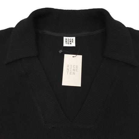 COLLARED V NECK SWEATER   (BLACK)