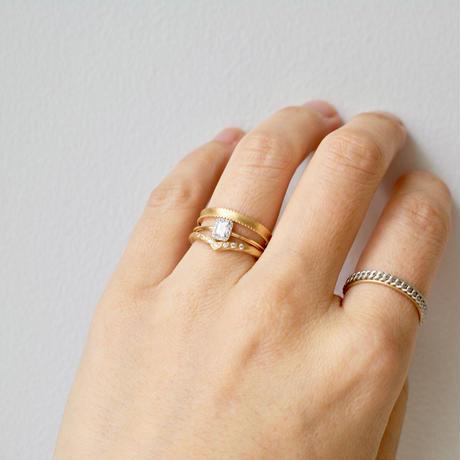 Tulle diamond ring emerald
