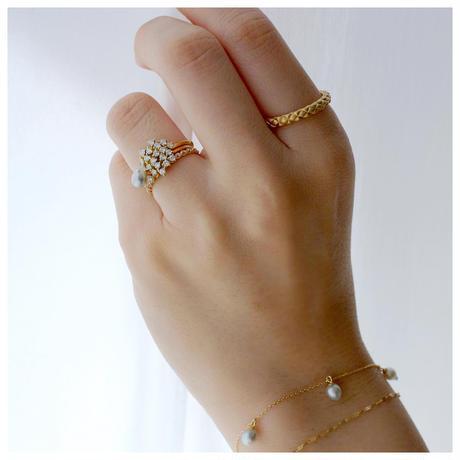 Chaton diamond ring 20