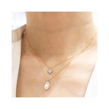 Bloom diamond necklace YG PT