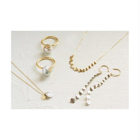 Paisley gradation earrings PT YG