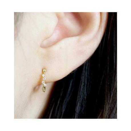 Spread diamond hoop earrings