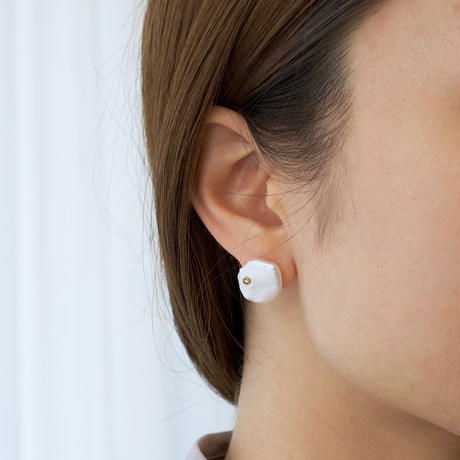 Petal pearl dia stud earrings M