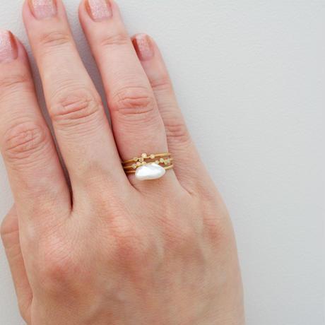 Spread diamond ring 4