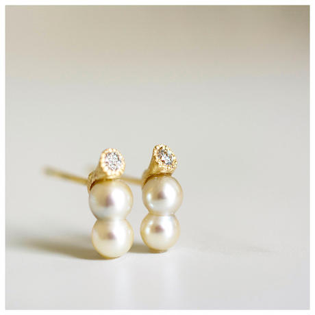 Baby akoya pearl earrings twin