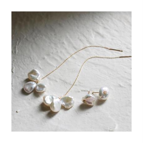 Petal pearl dia stud earrings S