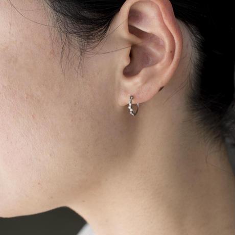 Spread diamond hoop earrings PT