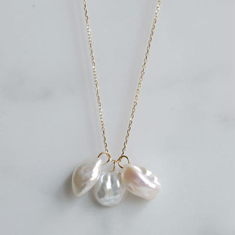Petal pearl pearl necklace S3