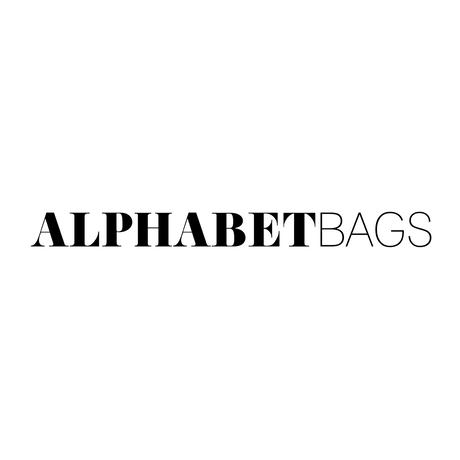 ALPHABET BAGSイニシャルパース