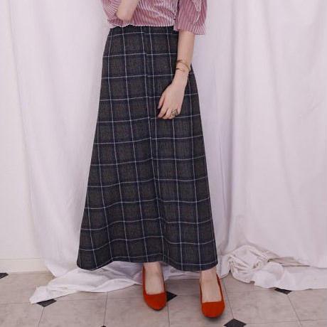 サスペ付きロング台形スカート