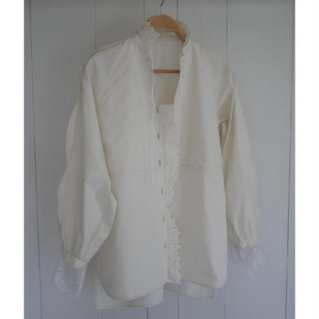1,〔rich〕Smooth line lace blouse【内金50%前払い】