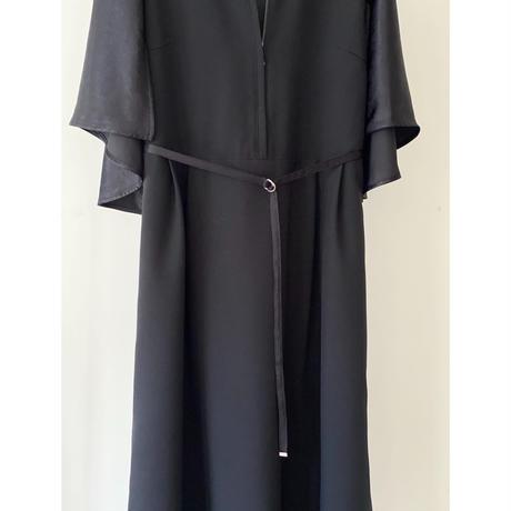 〔plain〕formal cape dress