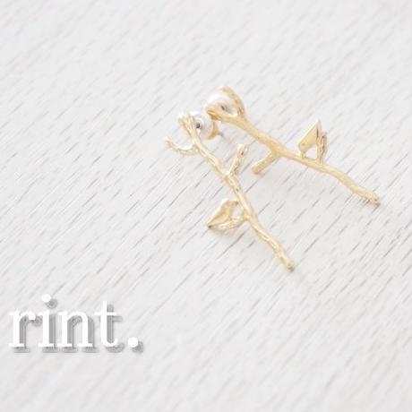 Twig birdピアス