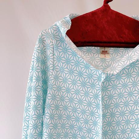 燐シャツ七分袖 〈ちりめん麻の葉 水色〉