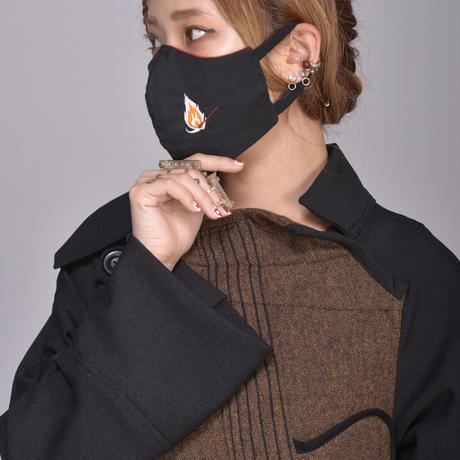 燐のガーゼマスク 黒 ブランドロゴ