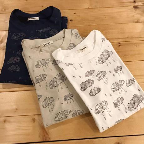 Emago 2103240 雲刺繍Tシャツ