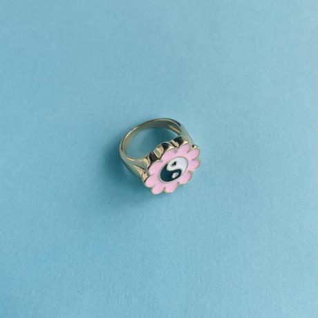 陰陽 お花 リング YING-YANG FLOWER RING