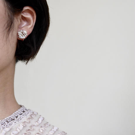 Dot × fresh water pearl earrings