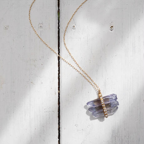Tanzanite aura×Vintage Swarovzki necklace