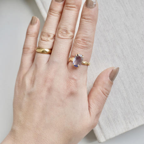 Gemstone rough ring