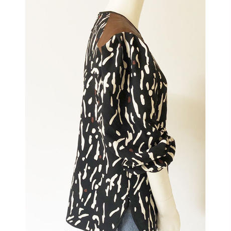animal dots puff sleeve pullover(black)