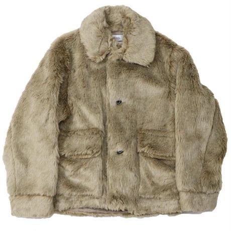 "DAIRIKU(ダイリク)""Vinyl Patch Fur Coat"""