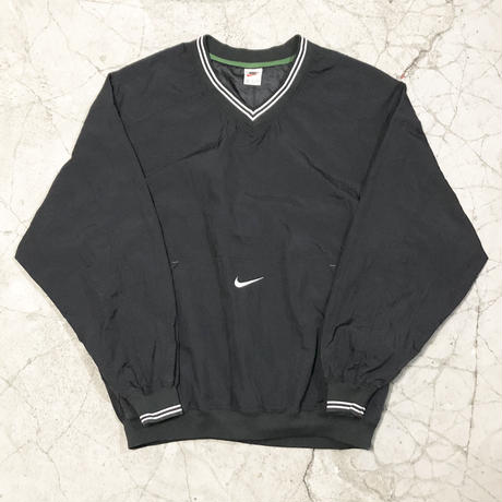 Nike Nylon Pullover