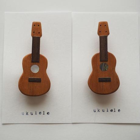 楽器と同じ材料で制作したukuleleブローチ アバロン貝ver