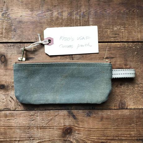 Vintage canvas pouch (069)