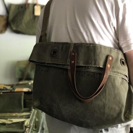 #1268 1960's duffle messenger bag
