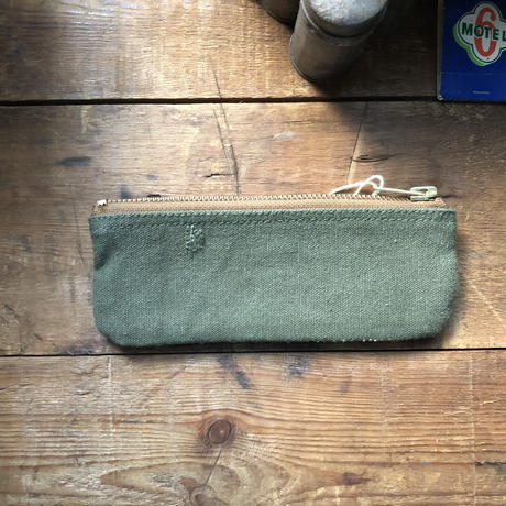 1960's canvas zip pouch (045)