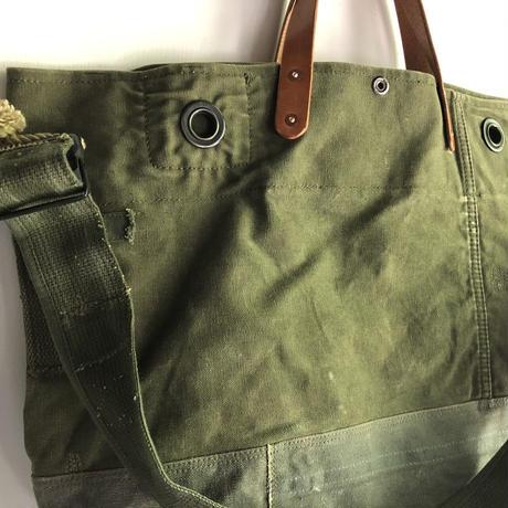 #1370 1970's duffle patchwork messenger bag