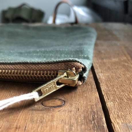 1980's USAF canvas pouch (135)
