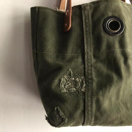 #1061 1950's duffle tote micro