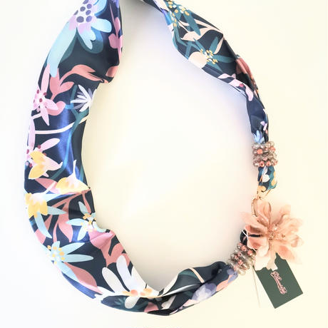 バルサンティ イタリア製 スカーフネックレス(コサージュ)ネイビーブルー