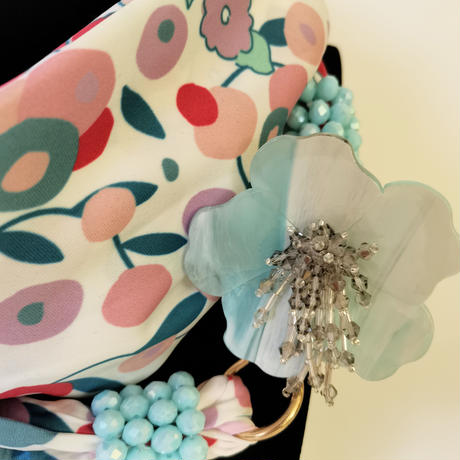 バルサンティ イタリア製スカーフネックレス(コサージュ)