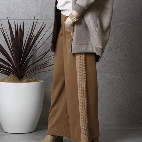 サイドケーブル編みカットパンツ