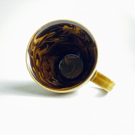 内ブラウンマーブル マグカップ