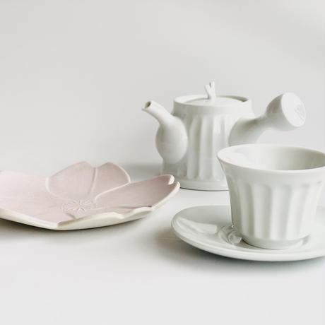 乳白 茶宅