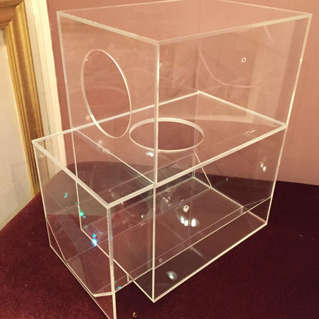 アクリル製砂浴びボックス